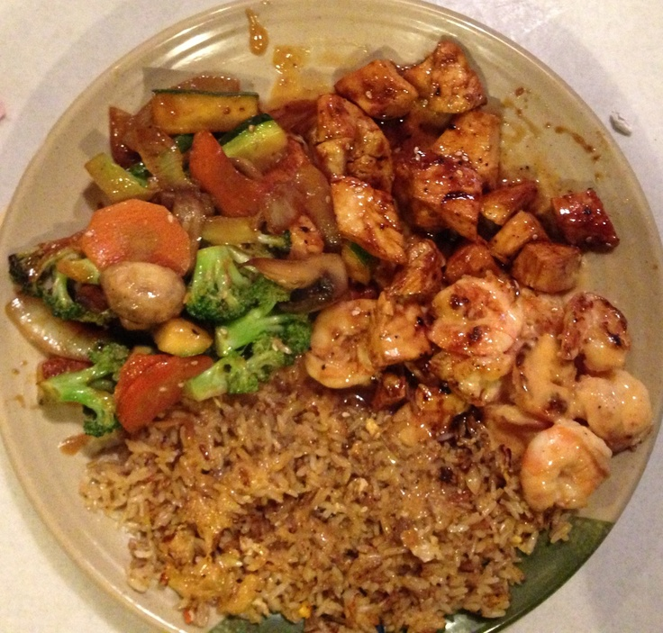 Hibachi style chicken & shrimp with mixed vegetables and ...