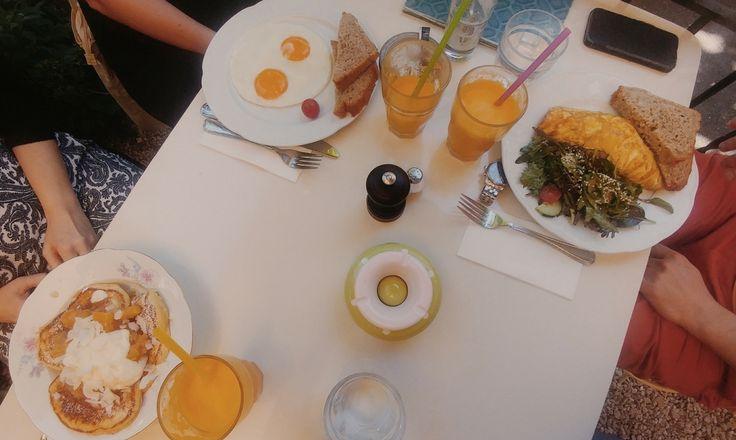 Brunch del cuore: Kafi Dihei a Zurigo. C'è caffè per te e tante golose colazioni!