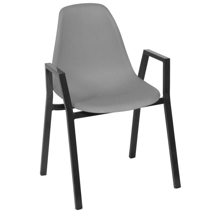 Bitte Platz Nehmen Der Bequeme Stuhl Stapelstuhle Stuhle Gartenmobel