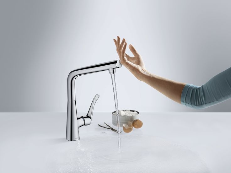 On the Metris Select #kitchen #mixer, the Select button assumes control: The water is turned on or off with a simple push of the button.