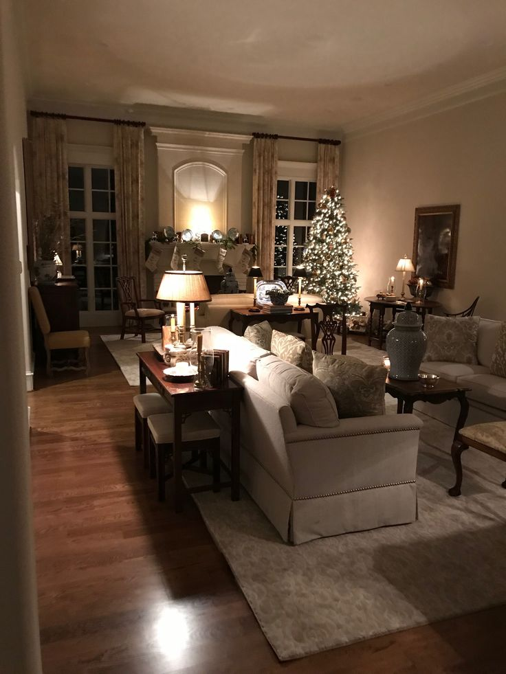 Living Room Decoration When Having Small Kids: Living Room Night Decor And Please Those Windows Facing