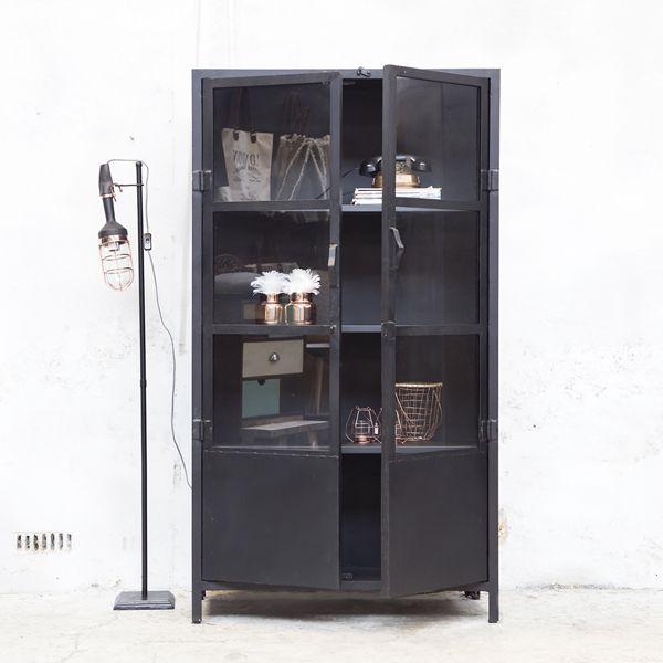 industrie design vitrinenschrank vitrine metallschrank schrank metall schwarz interiors. Black Bedroom Furniture Sets. Home Design Ideas