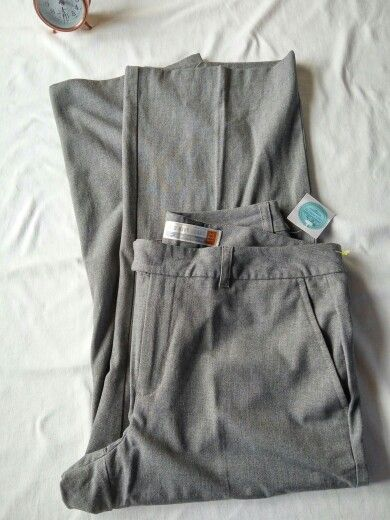 Old Navy. Gris Oxford. T.8. Estilo Essencial. Largo 3/4. $600. COPA0008