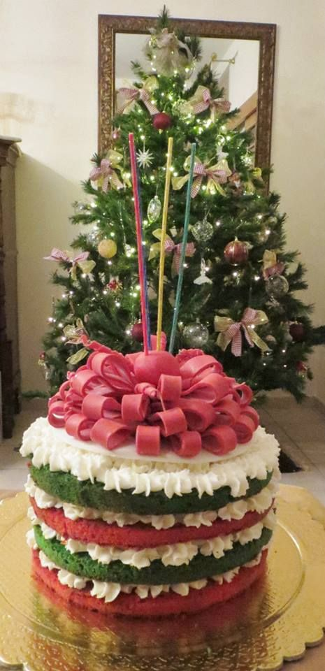 Christmas Victoria sponge cake for daddy