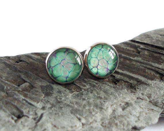 Green purple stud earrings, handpainted studs, minimalistic earrings, everyday…