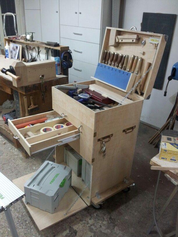 caisse outils de l 39 b niste l 39 atelier pinterest. Black Bedroom Furniture Sets. Home Design Ideas