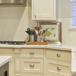Best Honey We Re Home Kitchens Gray Walls Shaker Kitchen 640 x 480