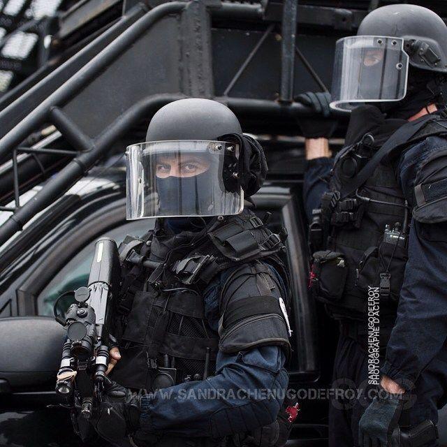 Les 18 meilleures images propos de le gign sur pinterest for Gendarmerie interieur gouv fr gign