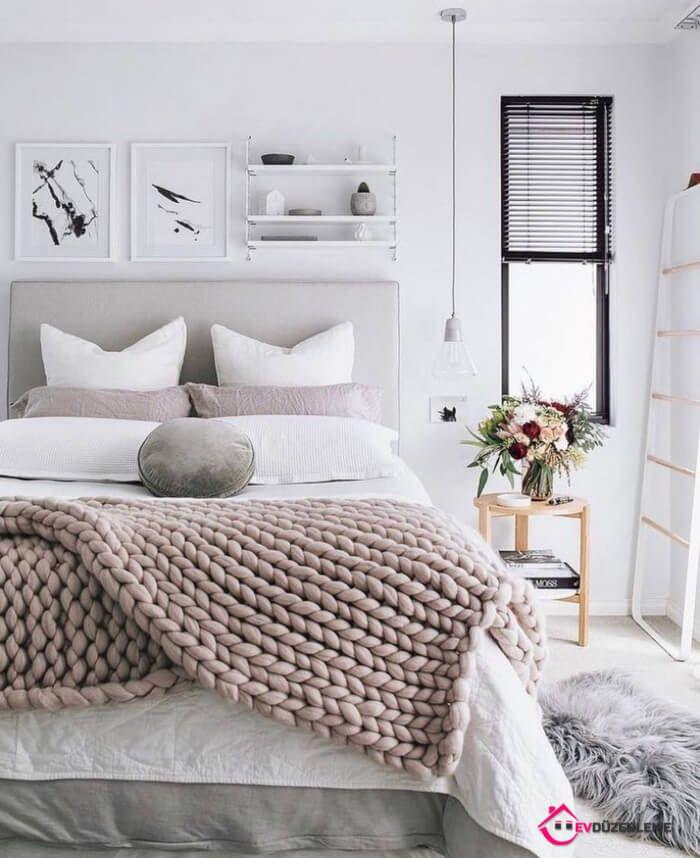 Mange stilarter sammen; Land soveværelsesmodeller
