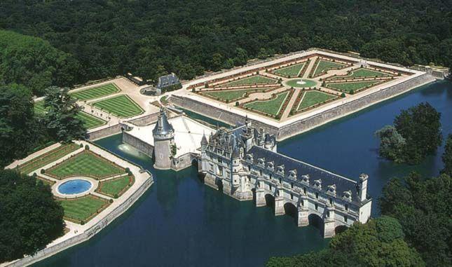 Chateau Chenonceau Loire Valley France