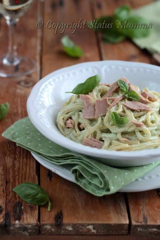 Primo piatto semplice e gustoso da provare... buon appetito con questi SPACHETTI AL PESCO CON RICOTTA E TONNO.  --> clicca la foto per la ricetta! <--