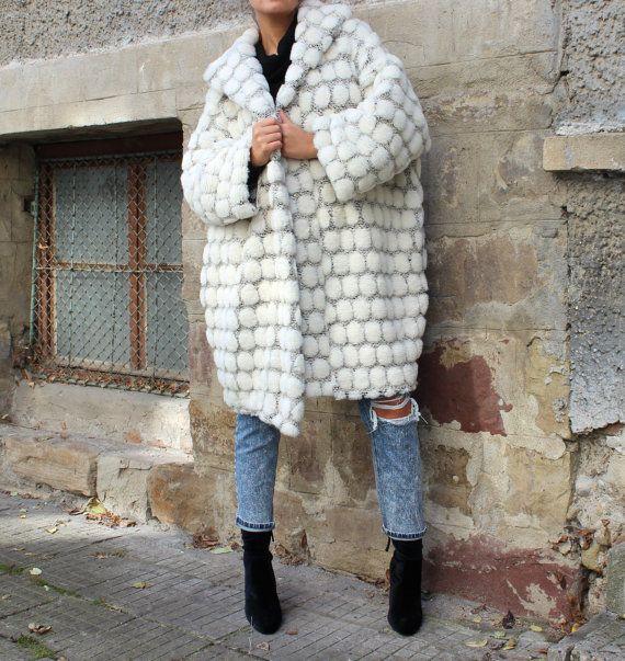 White Oversized coat/ Wool Coat/ Maxi coat/ by cherryblossomsdress