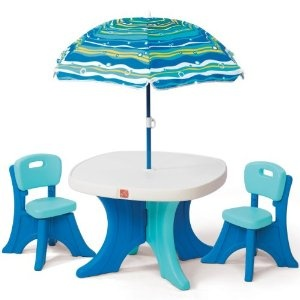 Step2 Play and Shade Patio Set--totally adorableGames, Backyards Toys, Kids Stuff, Step2 Plays, Kids Outdoor, Patio Sets, Patios Sets, Outdoor Tables, Shades Patios