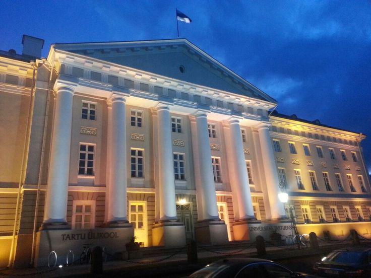 Tartu Ülikooli peahoone   University of Tartu main building in Tartu, Tartu maakond