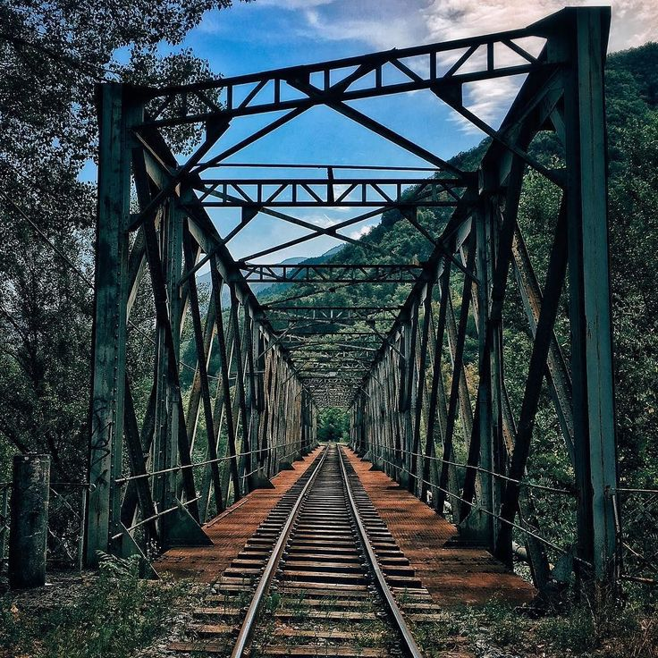 It looks old but is in pretty good shape and still used frequently. A #train ride between #Nice and #dignelesbains is one of the most beautiful #tracks in #Europe. . . #rail #railroad #bridge #france #igersfrance #ig_france #loves_france #loves_france_ #france_focus_on #alpesmaritimes #cotedazur #alpes #mediterranean #roadtrip #travel #exploring #ontheroad #wanderlust #wandering #urban #outdoors #thegreatoutdoors #iphonography #steelbridge