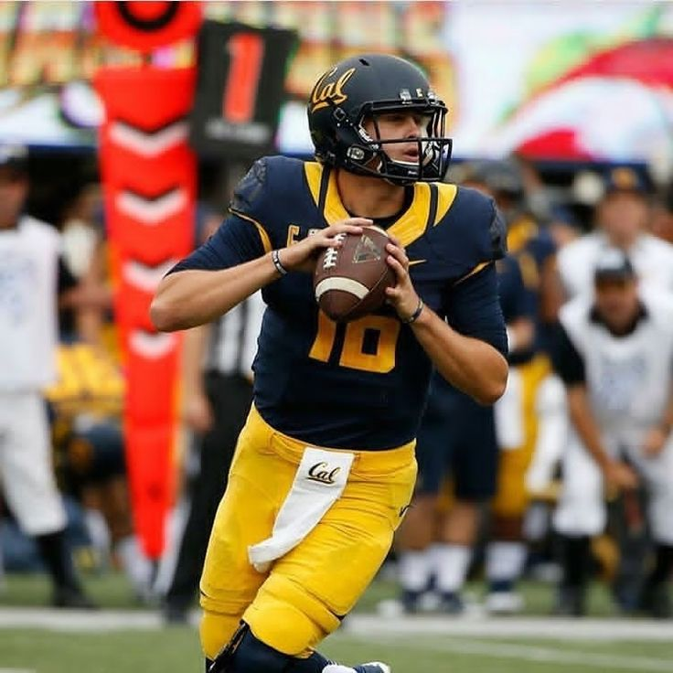 Eagles held a workout with former Cal QB Jared Goff. Should the Eagles take Goff's talent off the draft board or should they choose a different path? #eaglesnation #FlyEaglesFly Learn more Philadelphia Eagles  https://clssport.com/category/nfl/philadelphia-eagles/ or @eaglesfans247 on Bio #eaglesfans247 #EaglesFootball #PhiladelphiaEagles #bleedgreennation #phillyfootball #EaglesNation #eagleshat #eaglesclothing