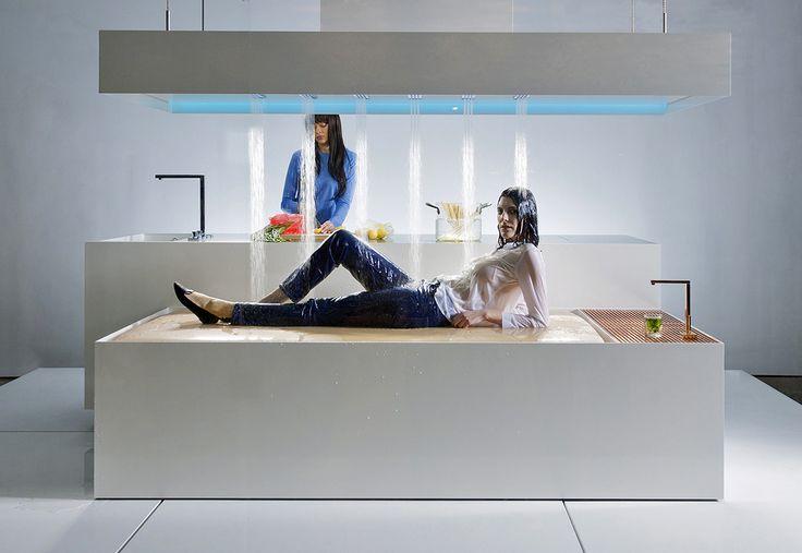New Museum Installation Showcases Dornbracht Horizontal Shower - farben fürs badezimmer