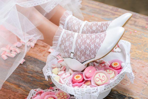 Hoge hakken zijn niet helemaal jouw ding? Dan is Great Heart wellicht jouw bruidsschoen! Prachtige neus, lage hak en een fraai enkelbandje maken deze bruidsschoen helemaal compleet!