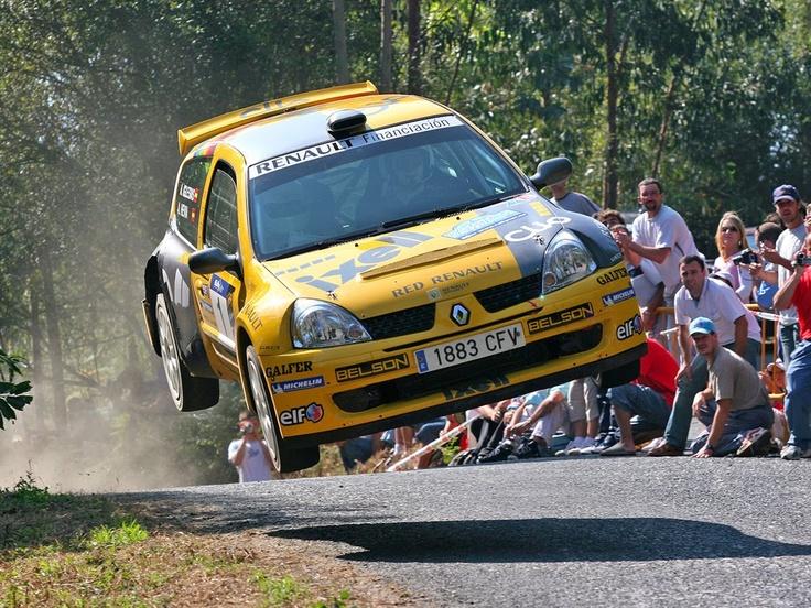 2004 Alberto Hevia Renault Clio Super 1600
