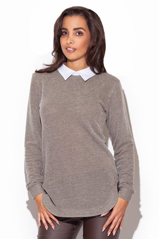 Elegant women's sweater with contrasting collar