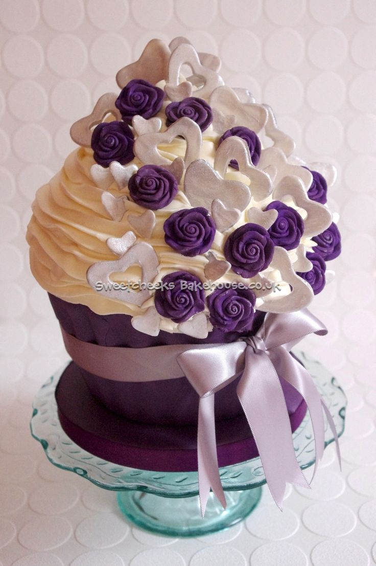 Image detail for -Home Giant Cupcakes & Cutting cakes purple and silver roses and ...