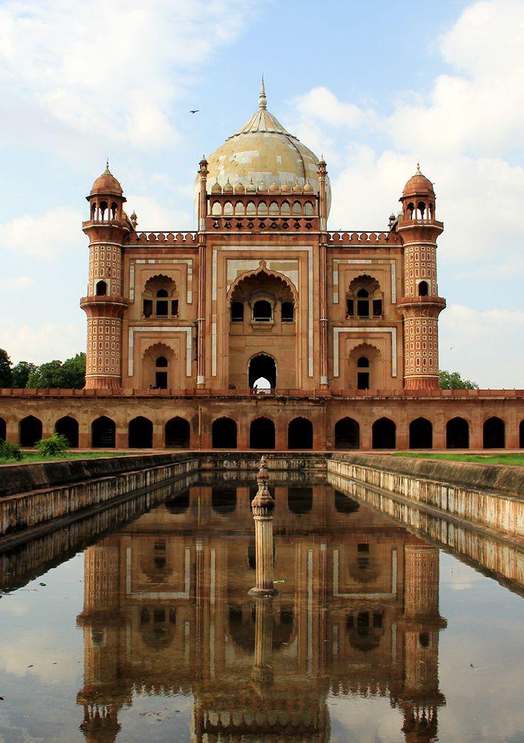 La Tumba de Safdarjung en Nueva Delhi, India. #india #travel