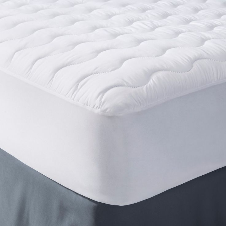 Microfiber Mattress Pad White (Twin XL) - Room Essentials