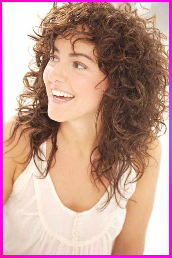 Curly Hair In Spanish Curly Hairstyles Compilation 2020 Short To Medium Curly Hairstyles 2019 H In 2020 Lockige Frisuren Naturlocken Frisuren Dauerwelle Mittellang