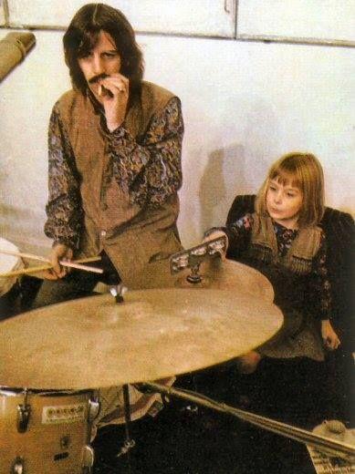 Ringo and Heather Eastman McCartney (via http://www.pinterest.com/starlightdancer/)