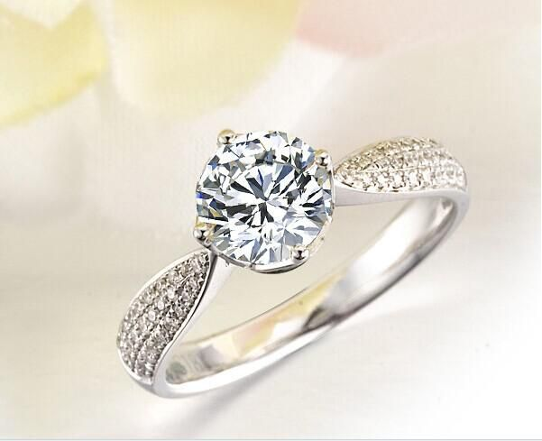 A Diamond Ring is The best Way top express your Love Let come and get one via HungPhatUSA.com #diamond #engagementring #weddingband #jewelry #menring #womenring #18Kwhitegoldengagementring #hungphatusa