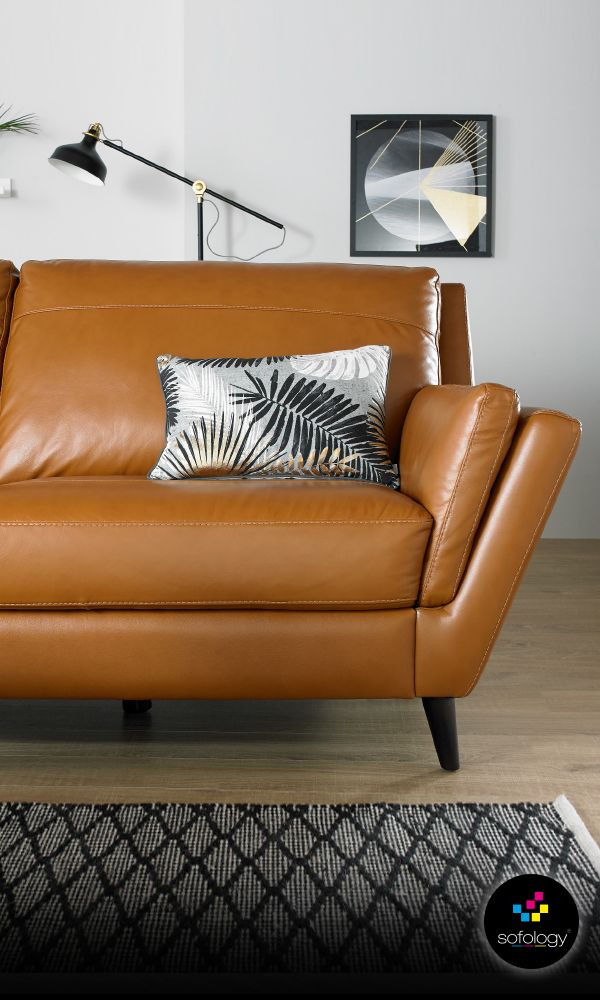 Fellini really looks as well as it feels...just amazing! Italian designed in soft, natural leather with over 30 colour ranges. Even more amazing is that it's available in as little as 3 days and from only £499. What's not to love?
