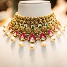 Keeping the sentimental feeling rooted in Indian jewellery, Gia Says That visited the boutique of TBZ (Tribhovandas Bhimji Zaveri) to see if she can find heirloom pieces of her own. Photo: Gia Says That  #LoveGold