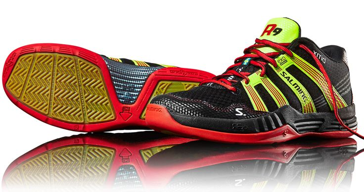Salming Race R9 Mid 2.0 Red/Black Squash Shoes