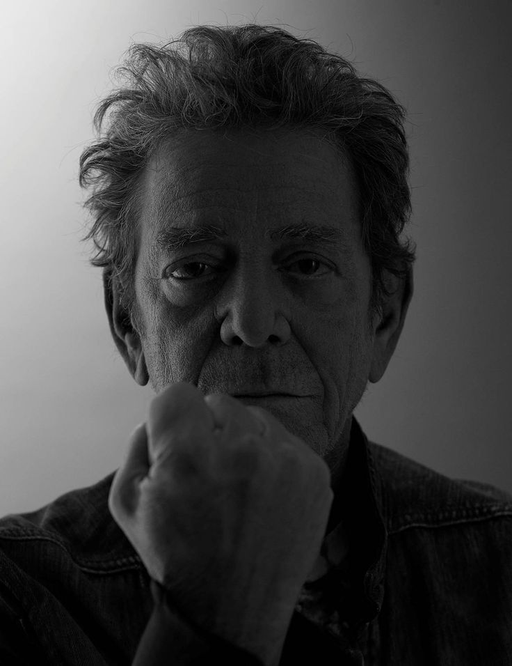 The last picture ever taken of Lou Reed. If you're going out looking like this, you done good.
