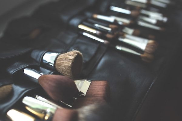 All You Need To Know About Makeup Brushes