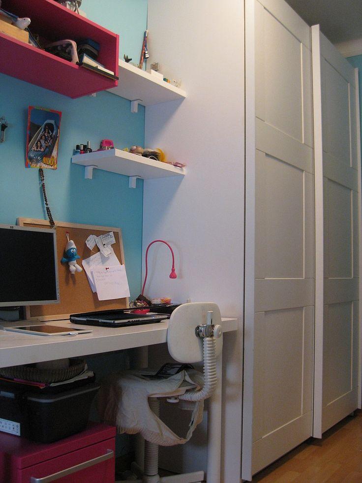 Habitaci n juvenil con un armario de puertas correderas - Armarios para habitacion ...