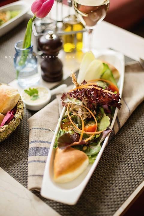 Bestes mediterranes Essen & mein externes Wohn- und Arbeitszimmer: das Restaurant Jolie Jour in #Aachen