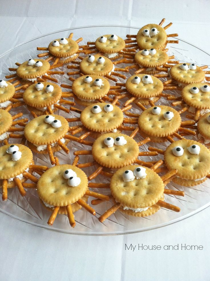 Cracker spiders - image