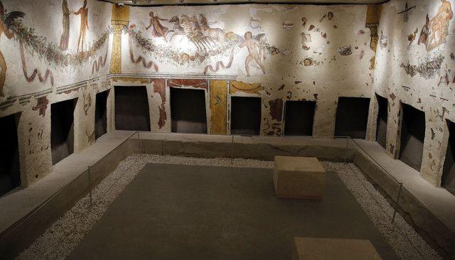 Musée national de Beyrouth : les fresques du tombeau de Tyr.