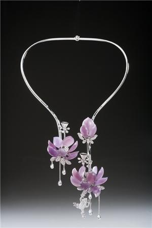 Lavender Jadeite - I think I need this for the wedding.. Just sayin...... LOL