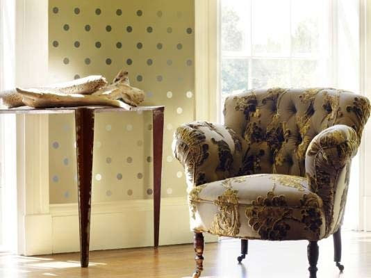 I barely saw the chair - I'm so loving the polka dots!