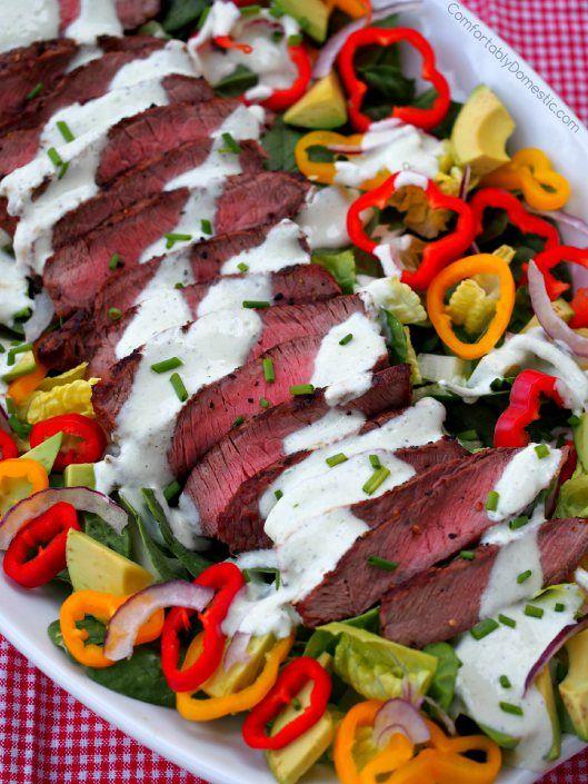 Grilled-Steak-Salad-Chive-Ranch-Yogurt-Dressing | ComfortablyDomestic.com
