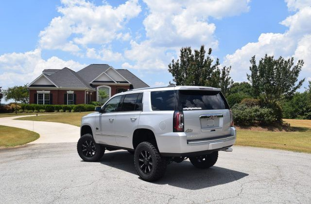 Rocky Ridge S Gmc Yukon Alpine Is A Lifted Suv That S Always Ready