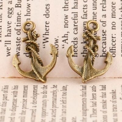 these would make for cute summer earrings.