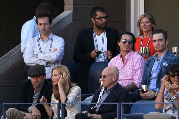 Jon Hamm Photos Photos - Actors Jon Hamm (L), Jennifer Westfeldt (2nd L) and Patrick Stewart (R) watch the men's singles final match between Andy Murray of Great Britain and Novak Djokovic of Serbia on Day Fifteen of the 2012 US Open at USTA Billie Jean King National Tennis Center on September 10, 2012 in the Flushing neighborhood of the Queens borough of New York City. - 2012 US Open - Day 15