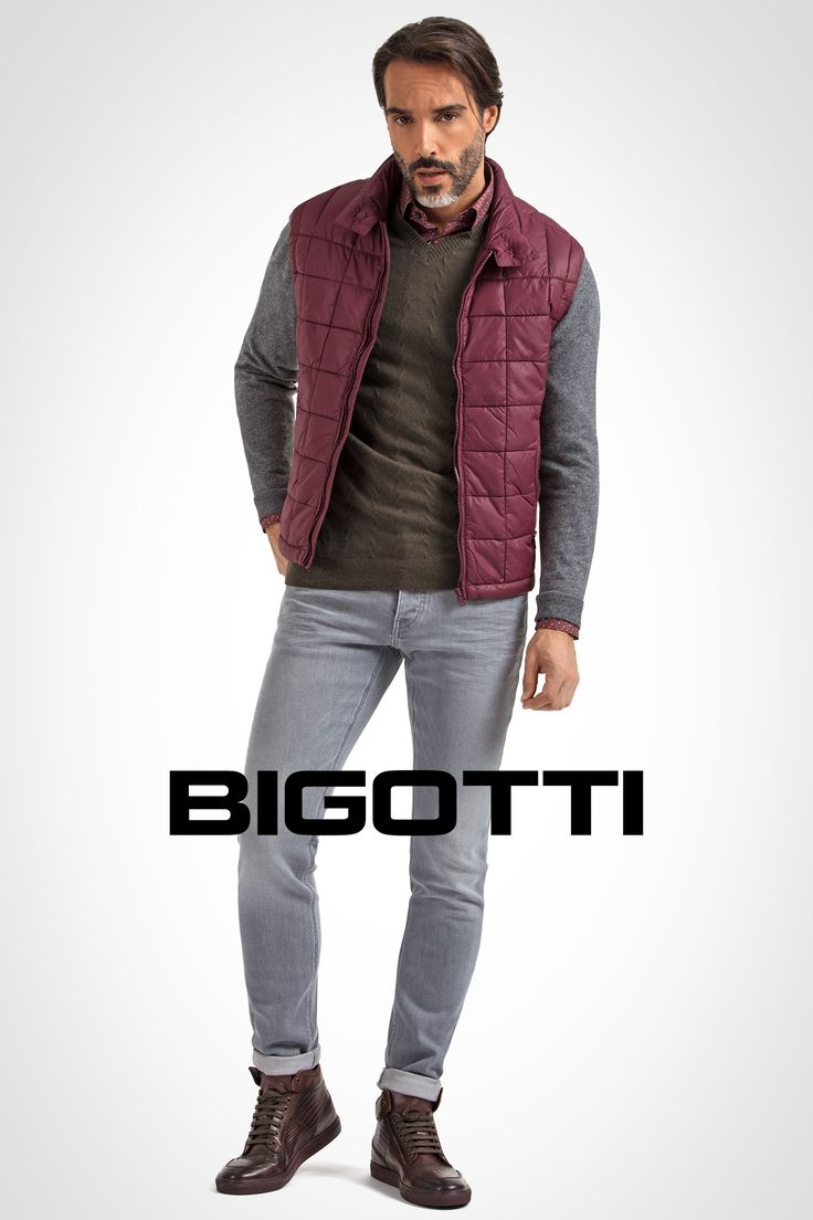 The #quilted #vest – #perfect for #casual #outfits www.bigotti.ro #Bigottiromania #moda #barbati #stilmasculin #casual #weekendvibe #mensfashion #menswear #mensclothing #mensstyle #ootd #inspiration #jeans #vestamatlasata #fall #toamna #mixandmatch