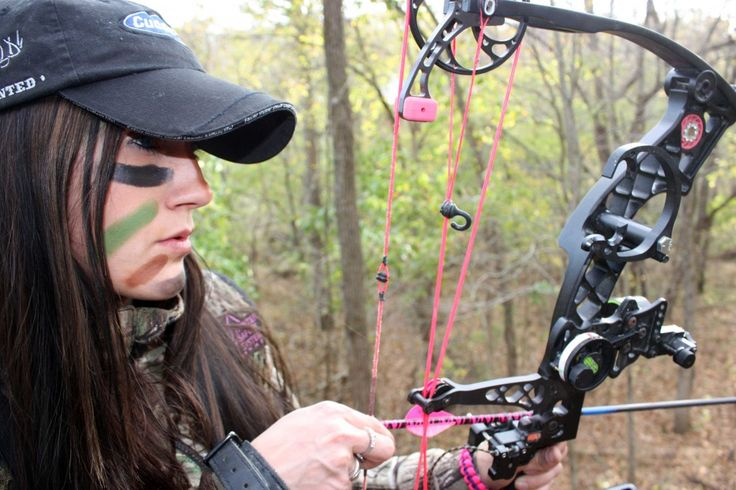 Back view of Mellisa Bachman's bow: Hunting Fish, Women Bowhunting, Buckets Lists, Country Girls, Archerybow Hunt'S, Bows Hunters, Bows Hunt'S, Girls Hunt'S, Camo Girls