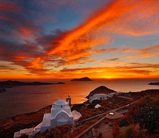 So Magical and Breathtaking sunset from the Kastro Village , at Milos island (Μήλος). Incredible red-orange Sky view from the top of the hill !