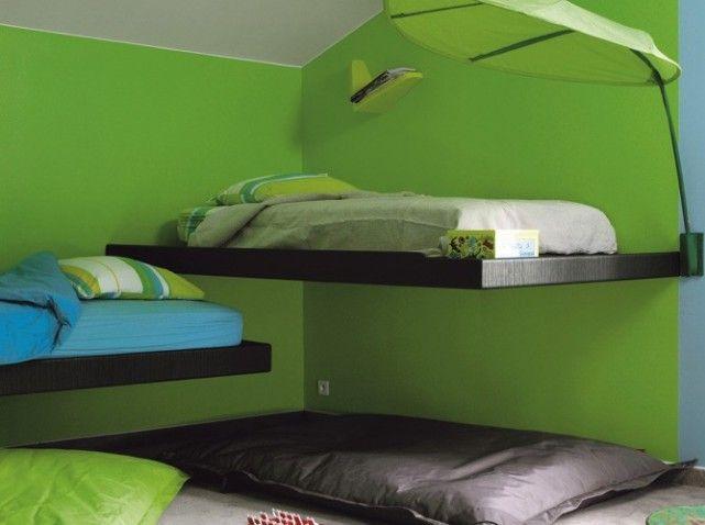 Chambre garcon murs verts
