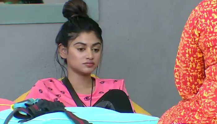 On day 16, Bigg Boss contestants gang up together and openly criticize Oviya about her activities in the house, which is clearly evident that she forms the new target of the housemates